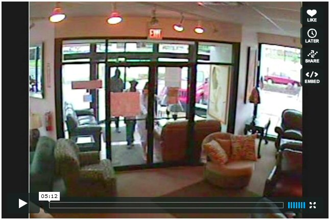 Morse Rd Rooms For Less Furniture Store Theft