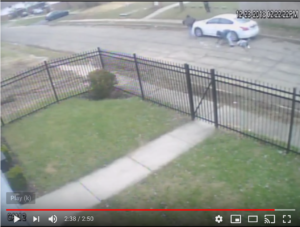 Robbery near Leona and Roselle